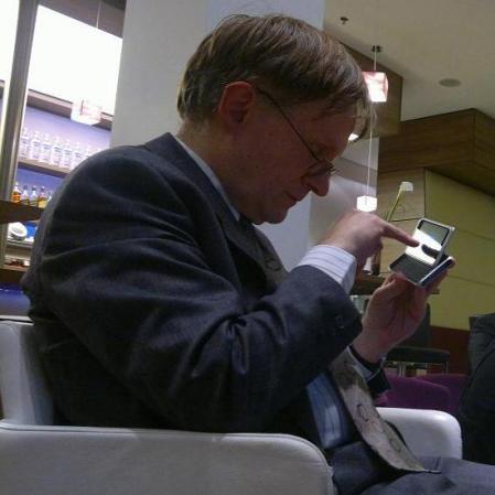 Hening Gajek erprobt das Nokia E7